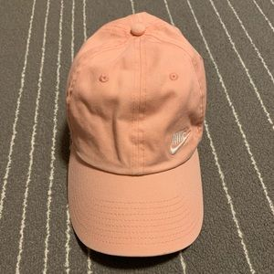 Nike women's heritage 86 hat